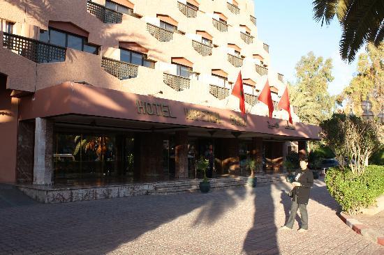 Imperial Borj Hotel: Entrée de l'hôtel.