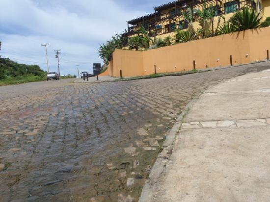 Brava Club Pousada: desague a la calle