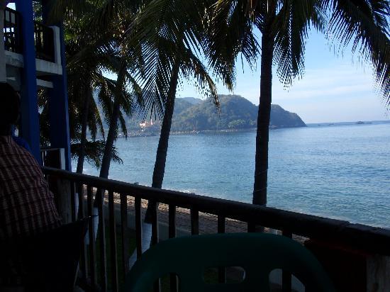Hotel Barra de Navidad: View from Bananas