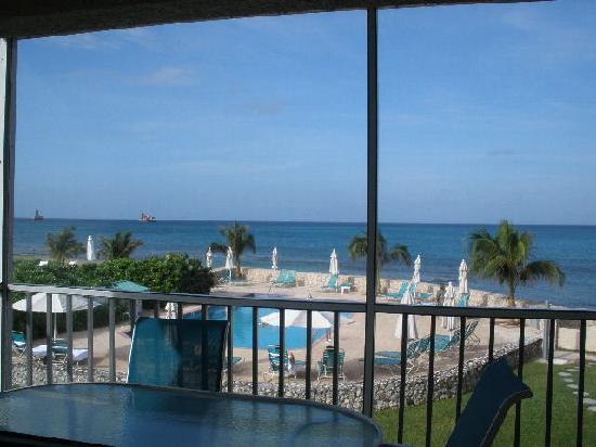 Plantation Village Beach Resort: View from the balcony