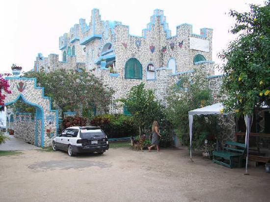 Blue Cave Castle: as you enter the Castle grounds