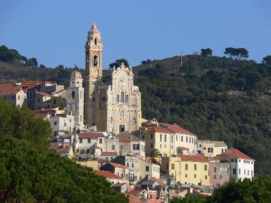 San Bartolomeo al Mare, Italy: San Bartolomeo looking at Cervo