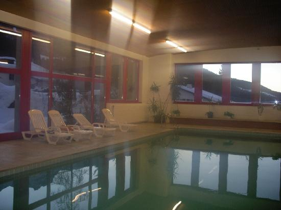 Hotel Sport Klosters: PISCINA