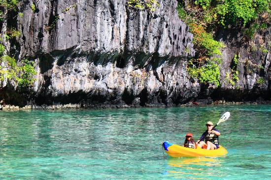 Kayaking is one of the many activities to do in El Nido