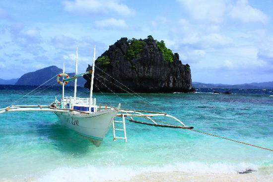 El Nido, Philippines: Banca used for island hopping