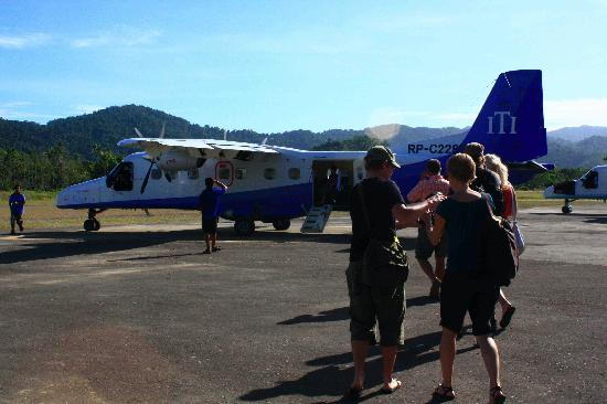 Direct Flights through private airplane to and from el nido & manila