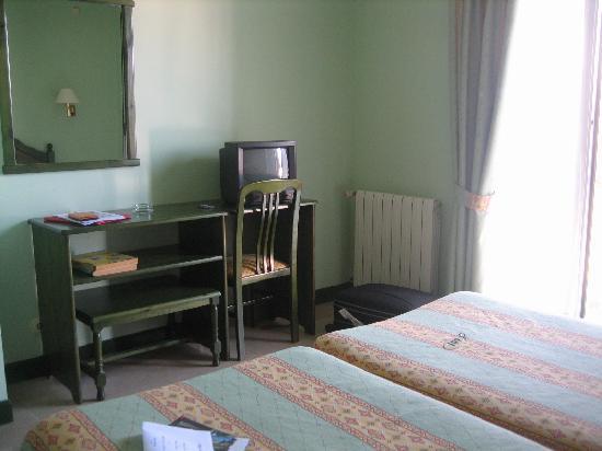 Hotel Nicol's: room 2