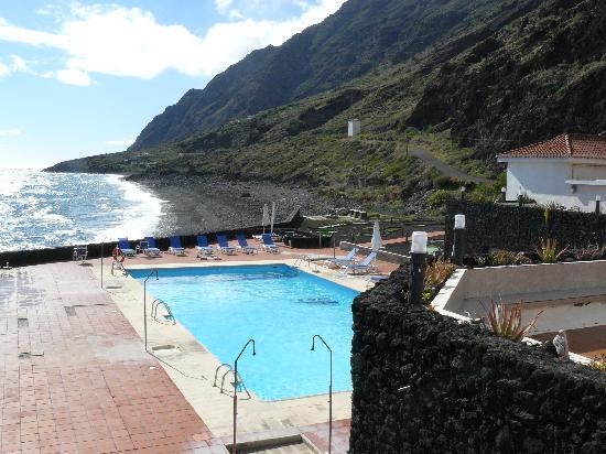 Parador Hotel El Hierro: Piscina