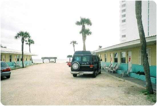 Oceanic Motel: old time Florida no fuss ocean mist motel ormond beach fl 12 06