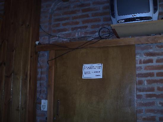 La Casa de Irene: cables sueltos