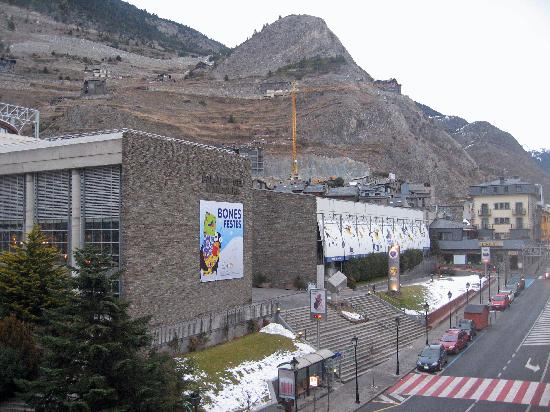 Hotel Ski Plaza: Palau de Gel