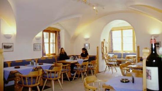Zuoz, Ελβετία: Ristorante