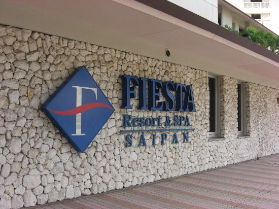 Fiesta Resort & Spa Saipan: ホテル玄関付近