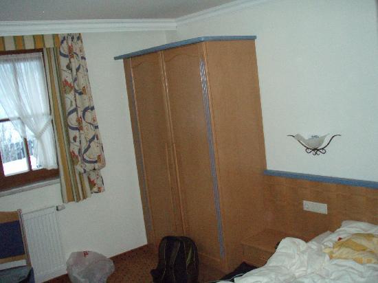 Alpenschloessl Hotel: Room at Hotel Alpenchloessl