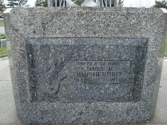 Jimi Hendrix Grave Site: Hendrix memorial