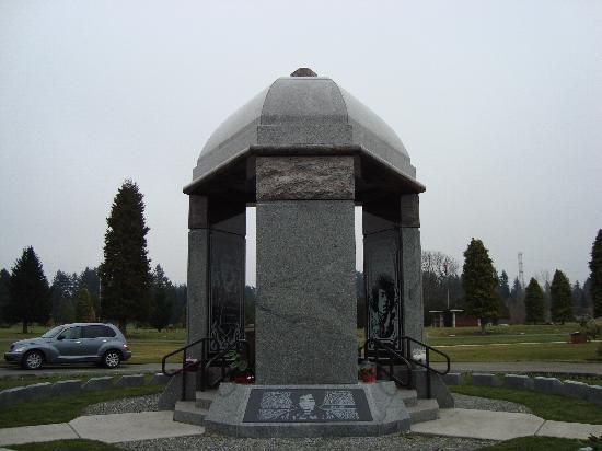 Jimi Hendrix Grave Site Picture