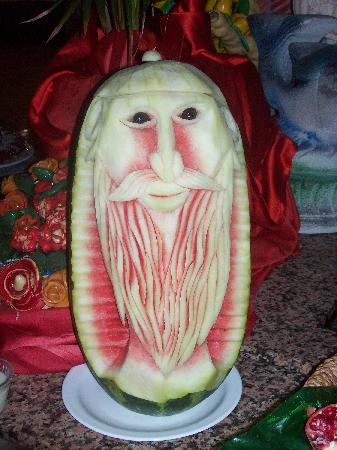 Euphoria Palm Beach Resort: Watermelon in Main restaurant