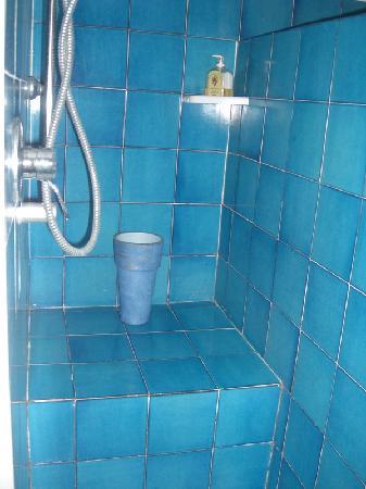 Christies Bed & Breakfast: Bathroom 2