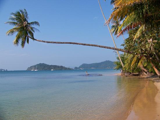 Makathanee Resort: plage