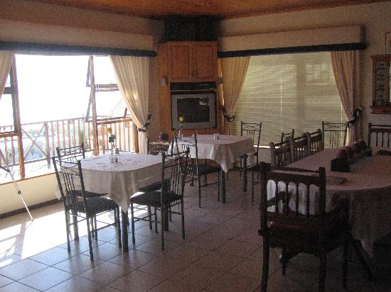 Aqua Marina Guest House: Main dining area