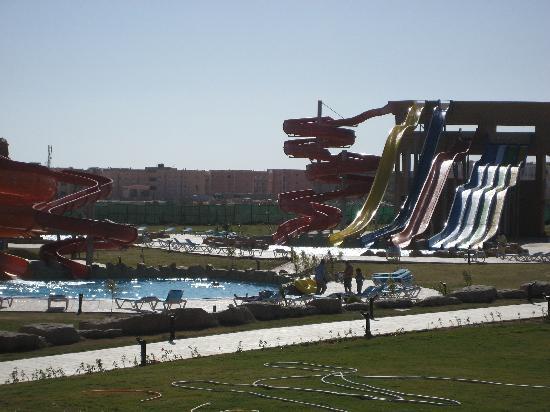 Tirana Aqua Park Resort: Pool