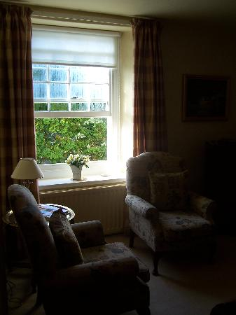 Leyburn, UK: Seating area in room