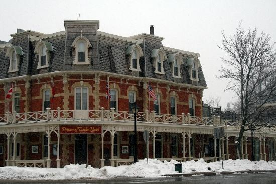Prince of Wales: Hotel in the Snow