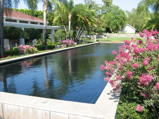 Richard Nixon Presidential Library and Museum: The Pat Nixon Reflecting Pool
