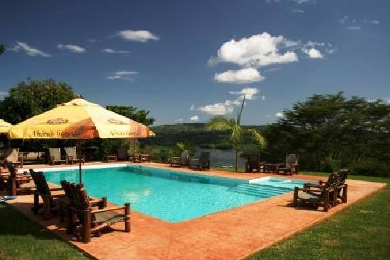 The Nile Porch: Another pic of the swimming pool