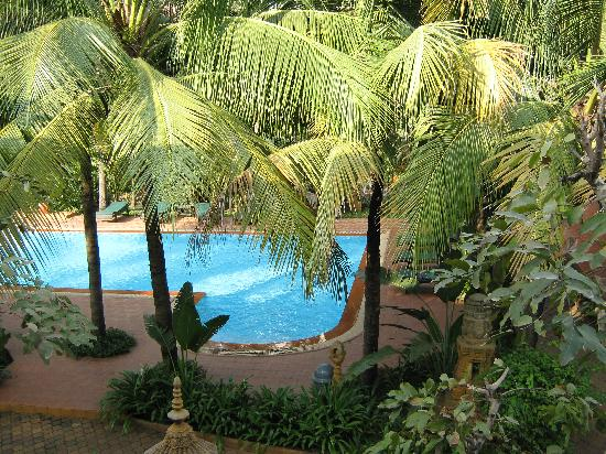 Neak Pean Hotel: Hotel pool