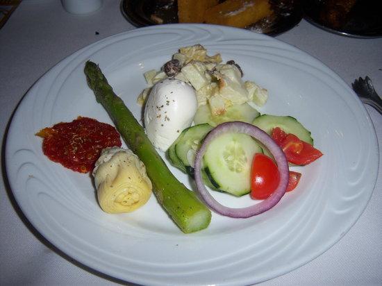 Fogo de Chao Brazilian Steakhouse: Salad Selection