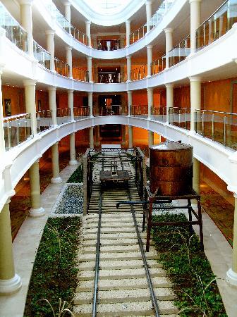 Iberostar Grand Hotel Bavaro: Stunning Architecture