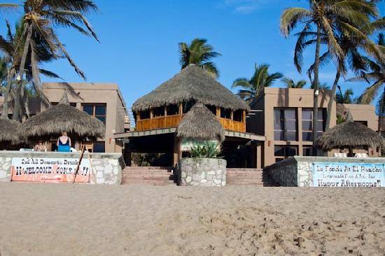 Villas El Rancho Green Resort From The Beach