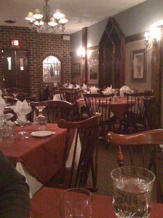 Monastery Restaurant : Decor