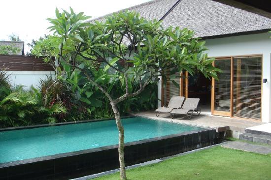The Samaya Bali Seminyak: Courtyard Pool