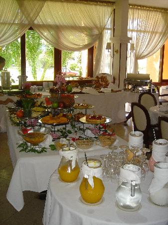 Barradas Parque Hotel & Spa: Breakfast table