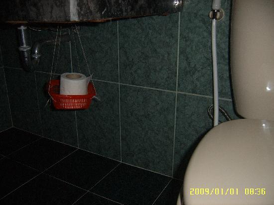 Hai Au Boutique hotel and spa: No expense spared on toilet roll holders
