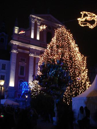 Grand Hotel Union: Christmas lights in Ljubjana