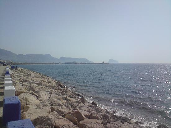 El Albir, Spain: albir beach looking towards altea marina