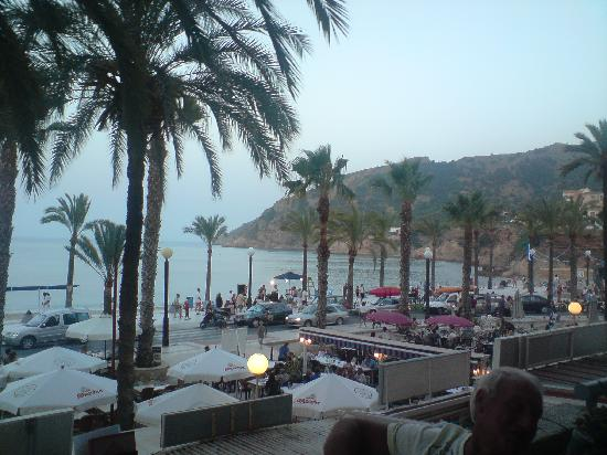 El Albir, İspanya: Albir beach from cafe paradise