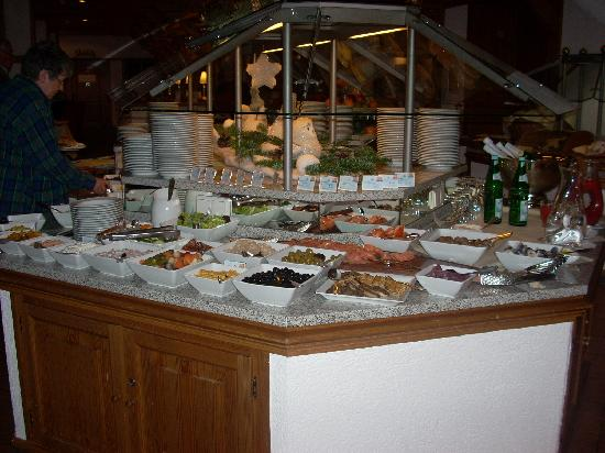 Maritim TitiseeHotel: Part of the enormous breakfast buffet.