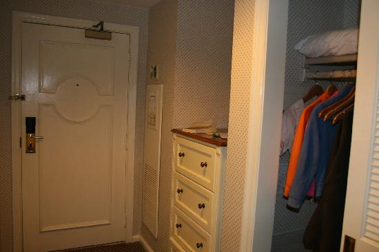 Disneyu0027s Yacht Club Resort: Closet And Chest Of Drawers Opposite Bathroom