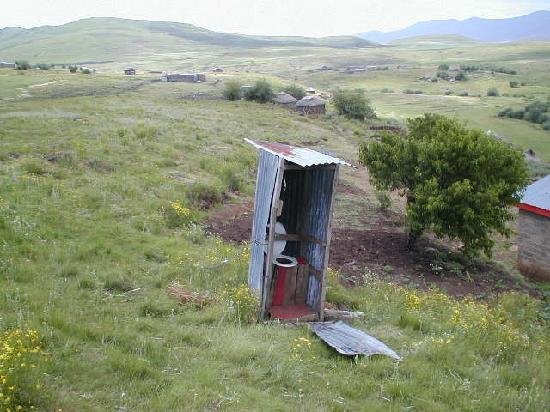 Thaba-Tseka, Lesotho: ohne Wasserspülung