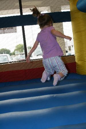 Hopscotch's Playplace: Bouncing in an inflatable