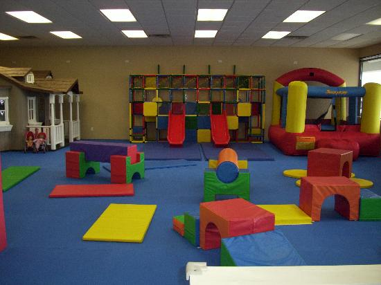 Hopscotch's Playplace: This is a pic from a previous visit... they've moved stuff around and added an inflatable since