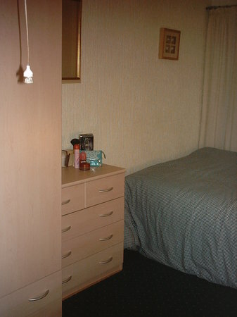 Palatine Court Holiday Flats : Nice bedroom