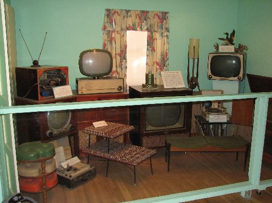 1950s House televisions displayed in 1950s house - picture of clark county