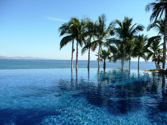 One & Only Palmilla Resort : The infinity pool