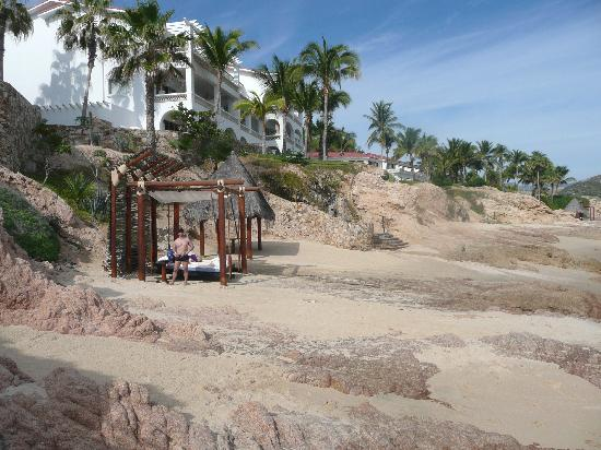 One & Only Palmilla Resort : Our 'floating' cabana