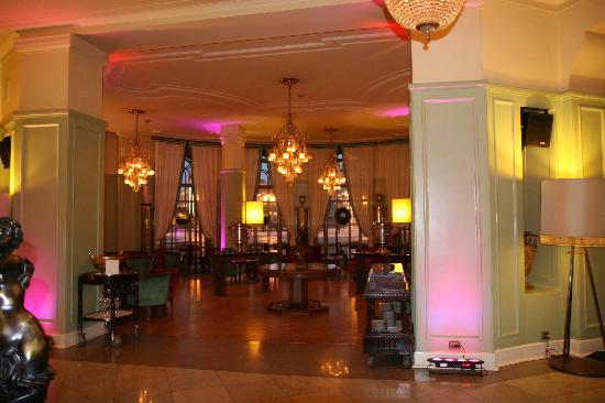 Astoria Hotel : Bar